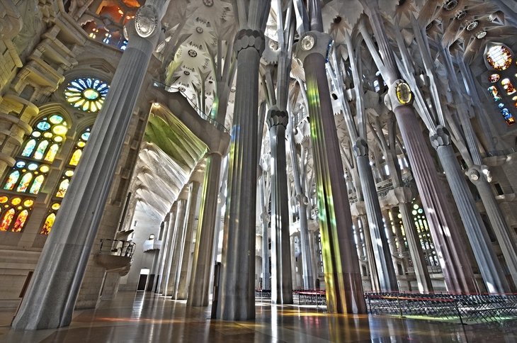 video of the sagrada familia cathedral finished rendering. Black Bedroom Furniture Sets. Home Design Ideas