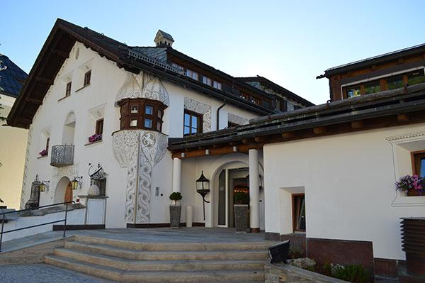 hotel-giardino-mountain-front
