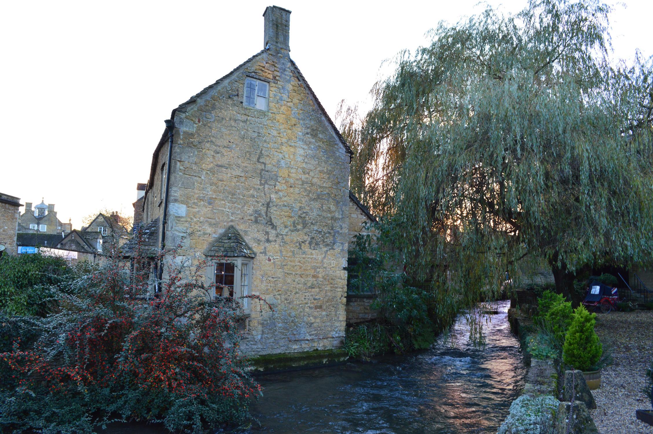 bourton-river