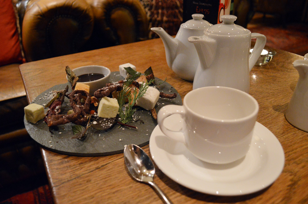 After dinner tea while relaxing back at the lounge at the Hare and Hounds. Hot Chocolate, homemade marshmallow and crunchy chocolate strips with cream tea.