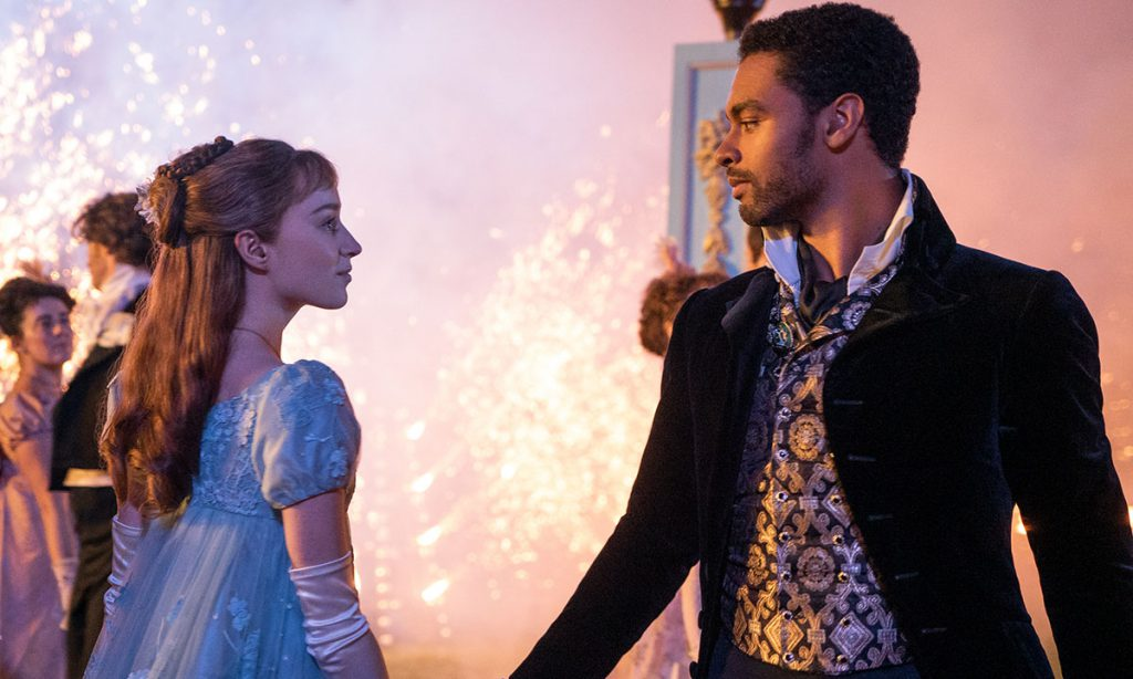 Daphne Bridgerton (Phoebe Dynover) and the Duke of Hastings (Regé-Jean Page)
